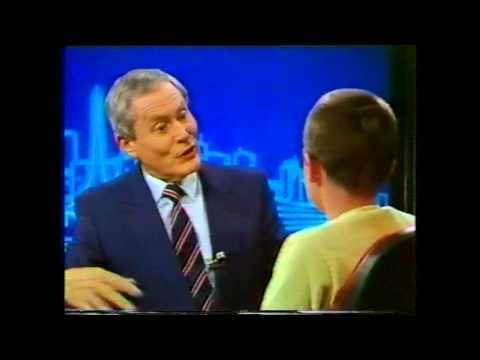 Sri Prahlada from the Krishna Kids on Melbourne Ch 9 TV News with Sir Eric Pearce 1987.mpg