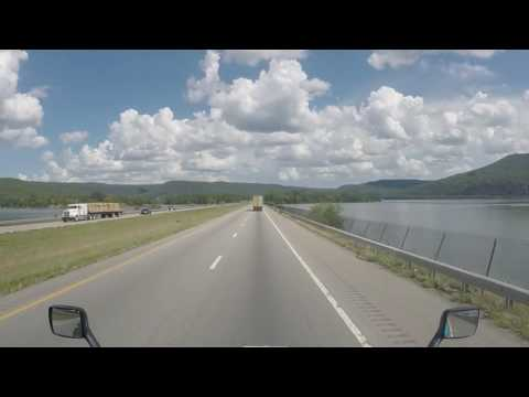 Trucking: DRIVING ALONG i24E Tennessee