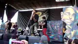 Warped Tour 08:  Gym Class Heroes - Clothes Off!
