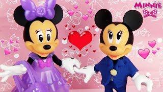 Минни Маус мечтает о свидании с Микки Маусом  Мультик с игрушками для детей Minnie Mouse Disney play