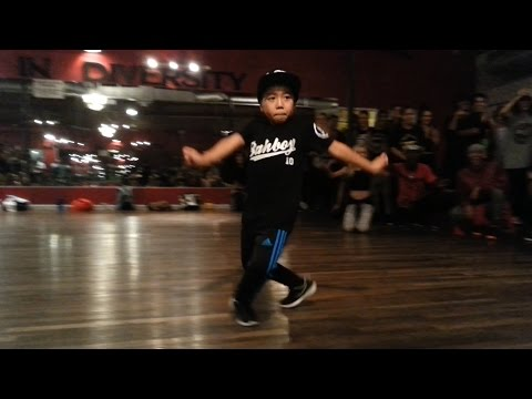 Thumbnail: 8-year old Aidan Prince kills Major Lazer choreography by Tricia Miranda | Jet Blue Jet