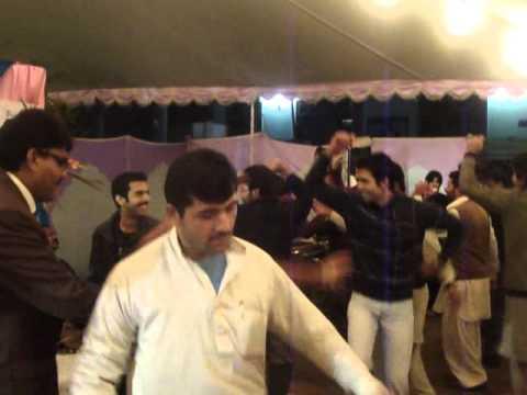 Preston University peshawer campus. Engr.Zahid yousafzai Atan Dance on Anual Dinner 2011