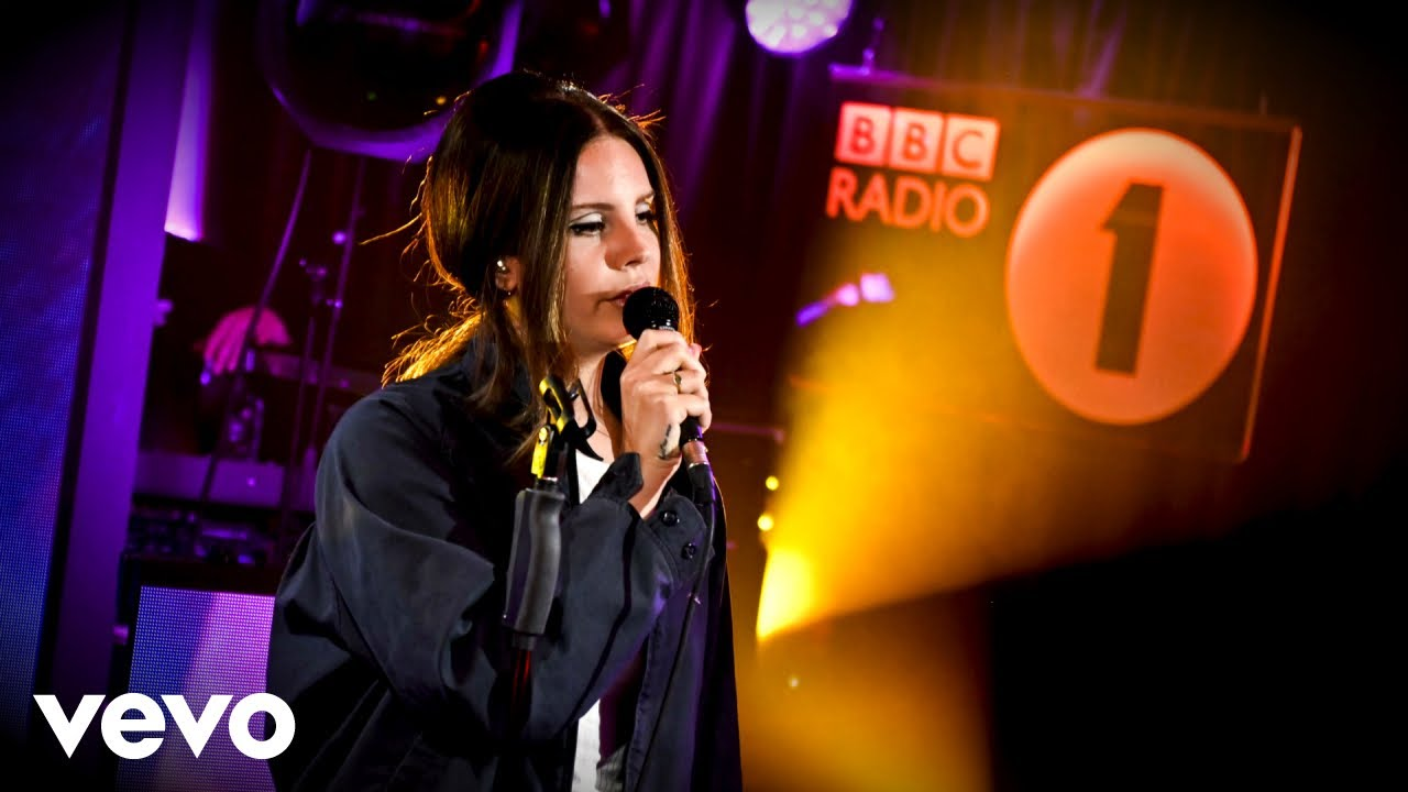Lana Del Rey Doin Time Sublime Cover In The Live Lounge Youtube