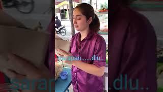 Gambar cover VIRAL!! CEWEK CANTIK DAGANG NASI DI PINGGIR JALAN