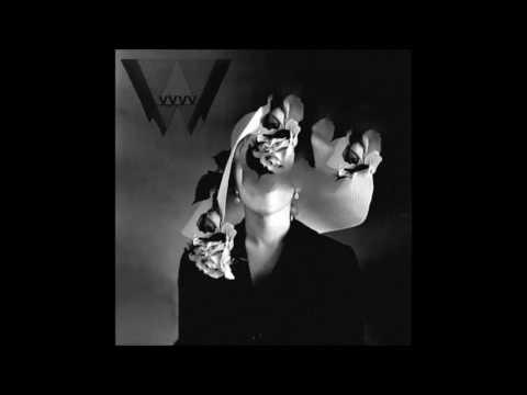 VvvV -  Contracts
