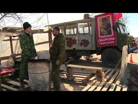 En Crimée, une poignée de combattants serbes