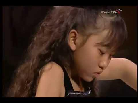 Mozart Piano Concerto 26  Aimi Kobayashi 50CJTm2tLuQ Segment 0 x264