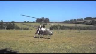 Costruisce in casa un elicottero personale! Ecco la prova volo!!