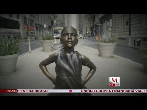 La niña sin miedo se quedará un año más en Wall Street