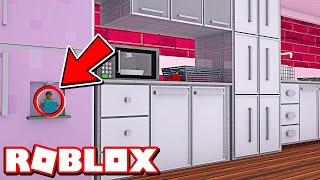 THE BEST HIDING SPOT!!! ROBLOX HIDE AND SEEK!!