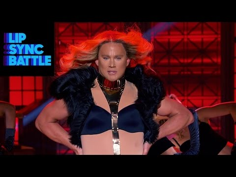 Channing Tatum & Beyonce's Run The World (Girls) vs. Jenna Dewan-Tatum's Pony | Lip Sync Battle