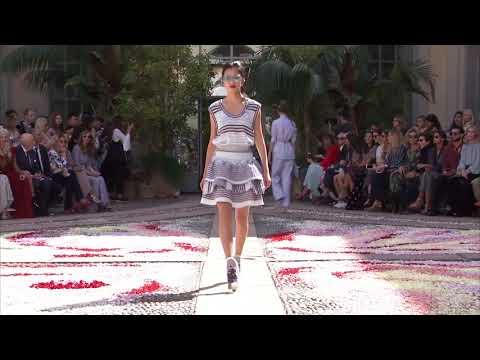 Luisa Beccaria | 2018 Spring & Summer Milan Fashion Week