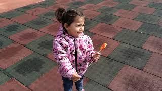 Ayşe Ebrar Oyun Parkına Gitti. Oyun Parkı Islaktı Oynayamadı Ağladı. Oyuncu Bebe TV