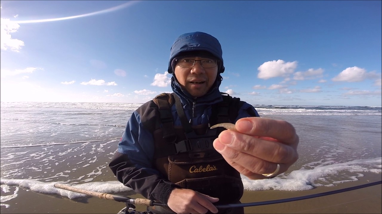 Surf fishing on the oregon coast youtube for Seaside oregon fishing