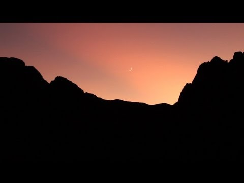 Relaxing Music Therapy - Hypnotizing Drive Through The Canyons