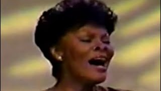 Dionne Warwick | I'll Never Love This Way Again | Live | 1995