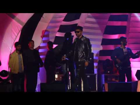 |GURU|| RANDHAWA|| PERFORMING|| IN|| ALIGARH|| EXHIBITION|