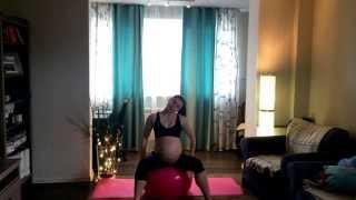 Упражнения с фитболом для беременных(Спасибо что зашли на мой канал!В этом видео упражнения с фитболом для укрепления бедер и груди!Приятной..., 2015-03-04T10:26:26.000Z)
