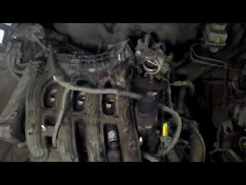 Как снять клапанную крышку на Приоре 1,6 16кл