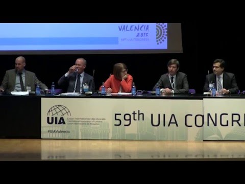 UIA Valencia 2015 - Managing Legal Risks – Compliance And Beyond