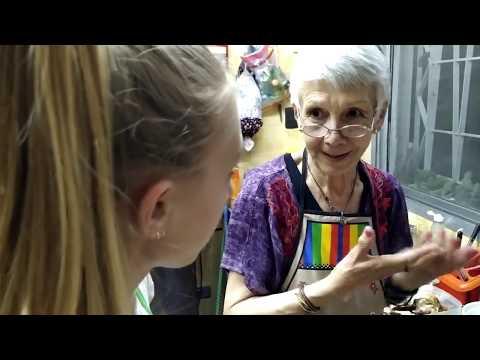 La Abuela Marta Prepara Un Pan Dulce Exquisito Para Estas Fiestas, Con Vicky Y Amadeo