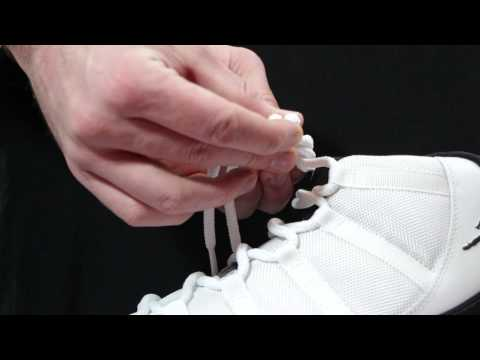 "How to Tie a ""Deadstock"" Knot"