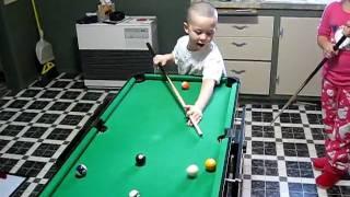 Christmas 2009 - Kids Playing Pool