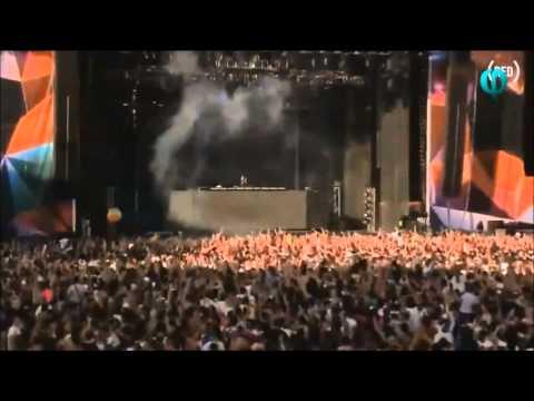 Sebastian Ingrosso - Calling (Lose My Mind) || LIVE || Stereosonic Sydney - 2013
