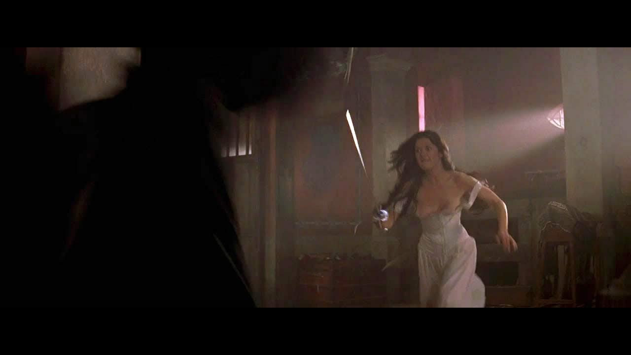 Download catherine zeta jones hot scene The mask of Zoror