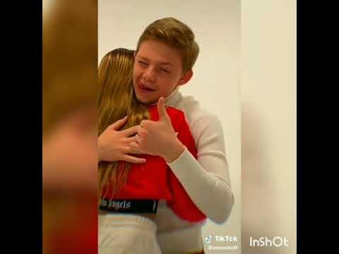 Саша Новиков и Лиза Анохина встречаются?