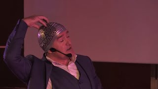 Et si le charisme était un spray | Antoine Mourey | TEDxCentraleNantes