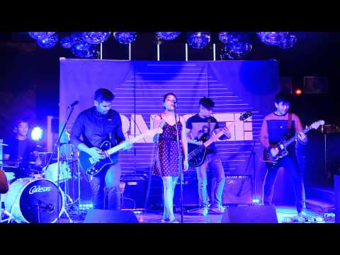 아모라 Live // Amoura at Tiger Translate 2015, Laundry Bar 27th May 2015