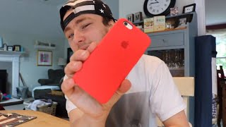 Unboxing: Product Red iPhone 6s Case