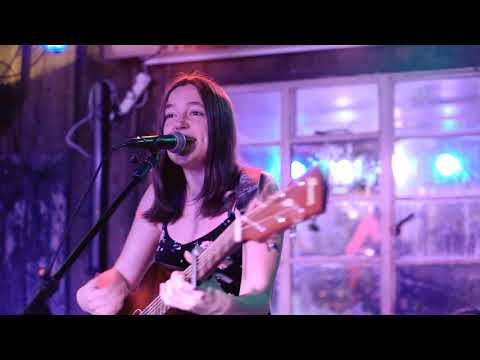 Live Covers Showreel | Abi Foster (solo guitar/vocalist)