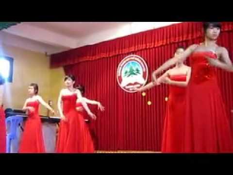 Múa đẹp :x - Nhạc hay :2x - Hú ghê :3x ^^- bacbaphi.com.vn