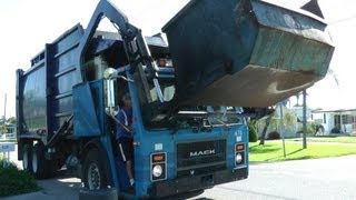 Garbage Trucks: City of Venice