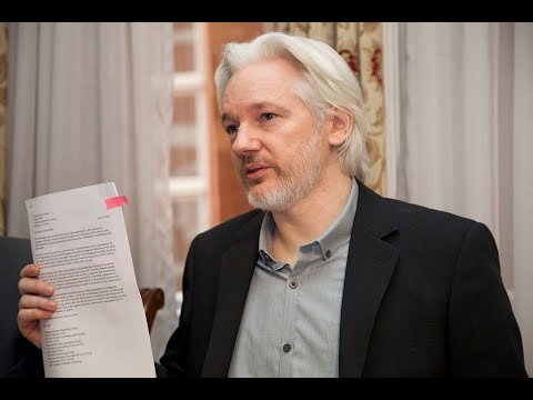 Flashback: Edward Snowden, Noam Chomsky, Yanis Varoufakis, And Glenn Greenwald On Julian Assange