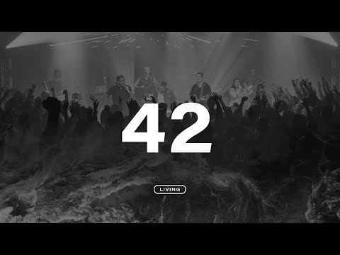 LIVING - 42 (video oficial)