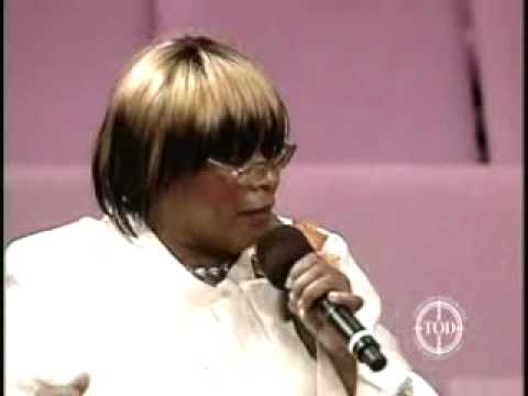 Evangelist Mattie Roby w/ The Temple Of Deliverance COGIC Women's Choir -Make Me Better Lord