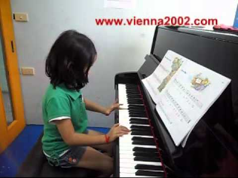 Vienna Music ณัฐนันท์ Mrs. Murphy's House #02