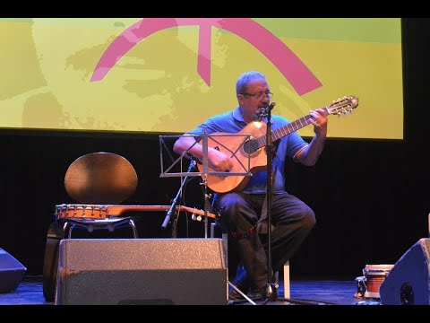 Aziz Benhaddou - Reizende Vogel / Ajḍiḍ Ujenna (RIF/NL)
