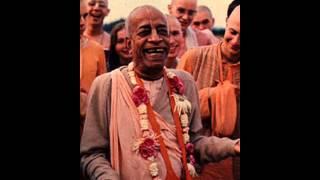Prabhupada-Hare Krishna-kirtan
