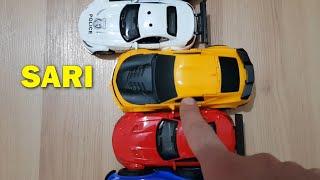 Berat Renkli Oyuncak Arabalar ile Renkleri Öğreniyor Eğitici Çocuk Videosu