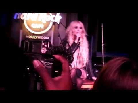 The Pretty Reckless Intro @ the Hard Rock Cafe