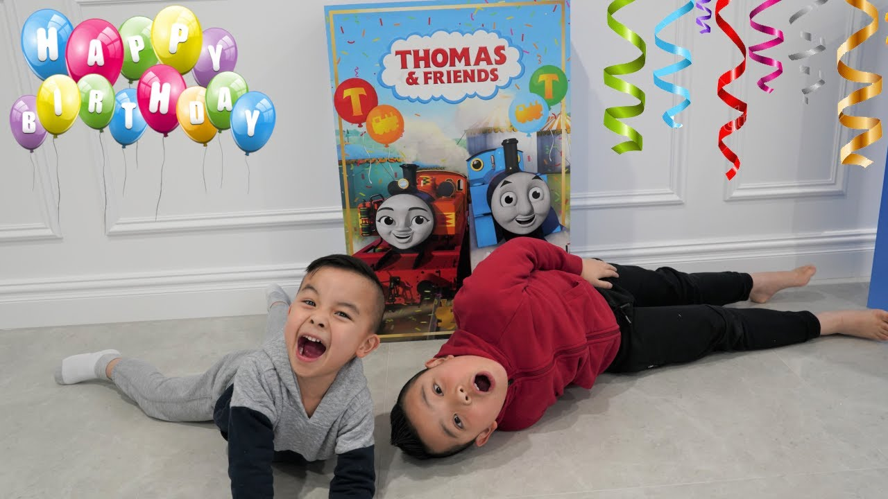 THOMAS Birthday Surprise CKN