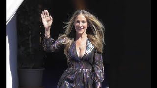 VIDEO Sarah Jessica Parker sexy in the city @ Deauville / France 7 september 2018