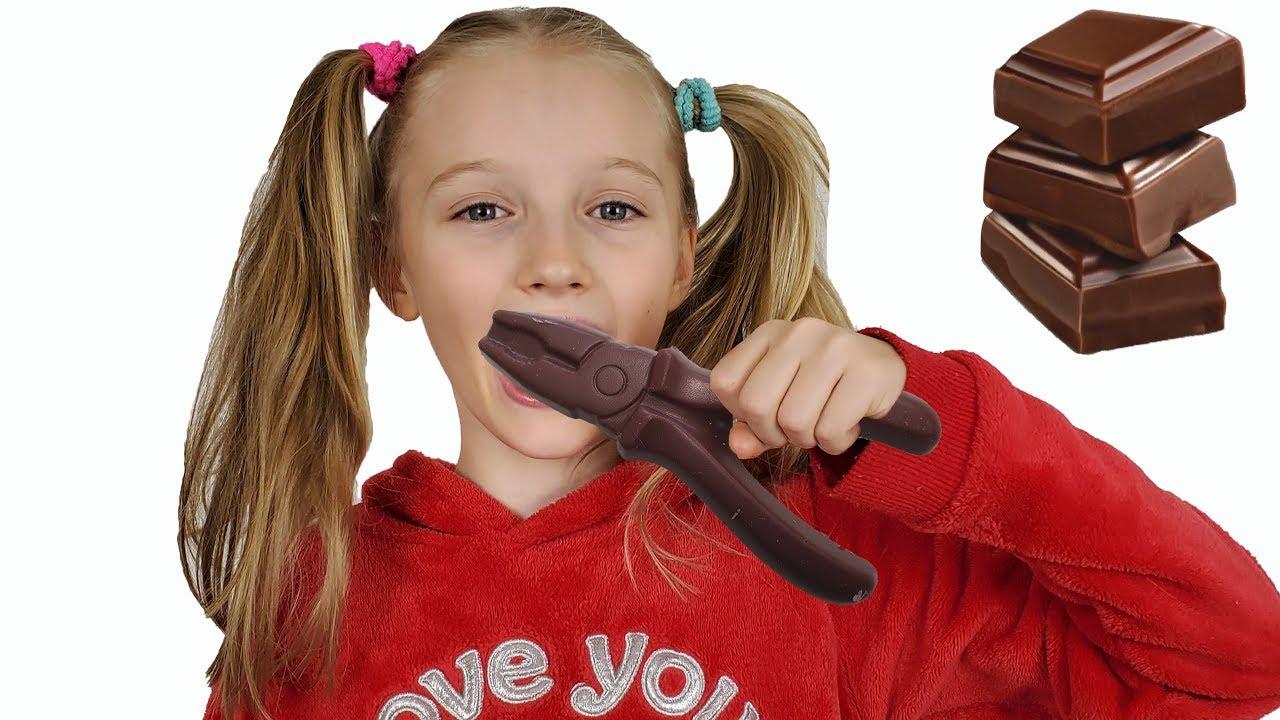 Игры в шоколад и настоящее с Полиной