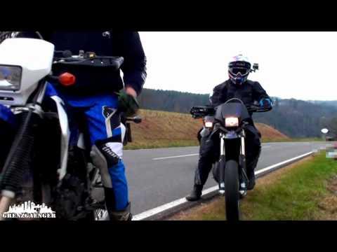 Wheelie Action - Husqvarna SM 125 S - KTM EXE 125 - Suzuki DRZ 400 S