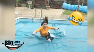 Epic Fails 2019 | 😂The Ultimate Funny Girls Go Wrong 😂 | Fails Compilation - #4