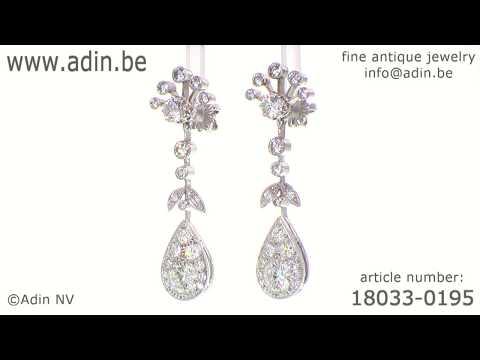 Long pendent platinum cocktail ear jewels abundantly diamond set. (Adin reference: 18033-0195)